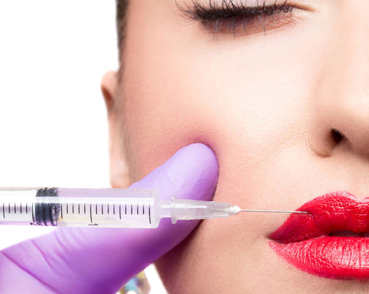 Botox Cosmetic is a medically safe, FDA approved non-surgical technique. Want to schedule an appointment? Call us at 561.331.3011 or fill in the appointment form.